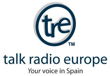 Podcast Vino cómo regalo de Navidad con Allan Tee en Talk Radio Show