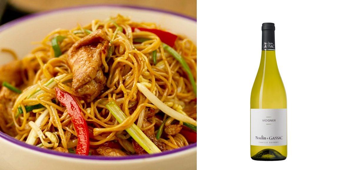 Noodles con pollo y soja & Moulin de Gassac Viognier
