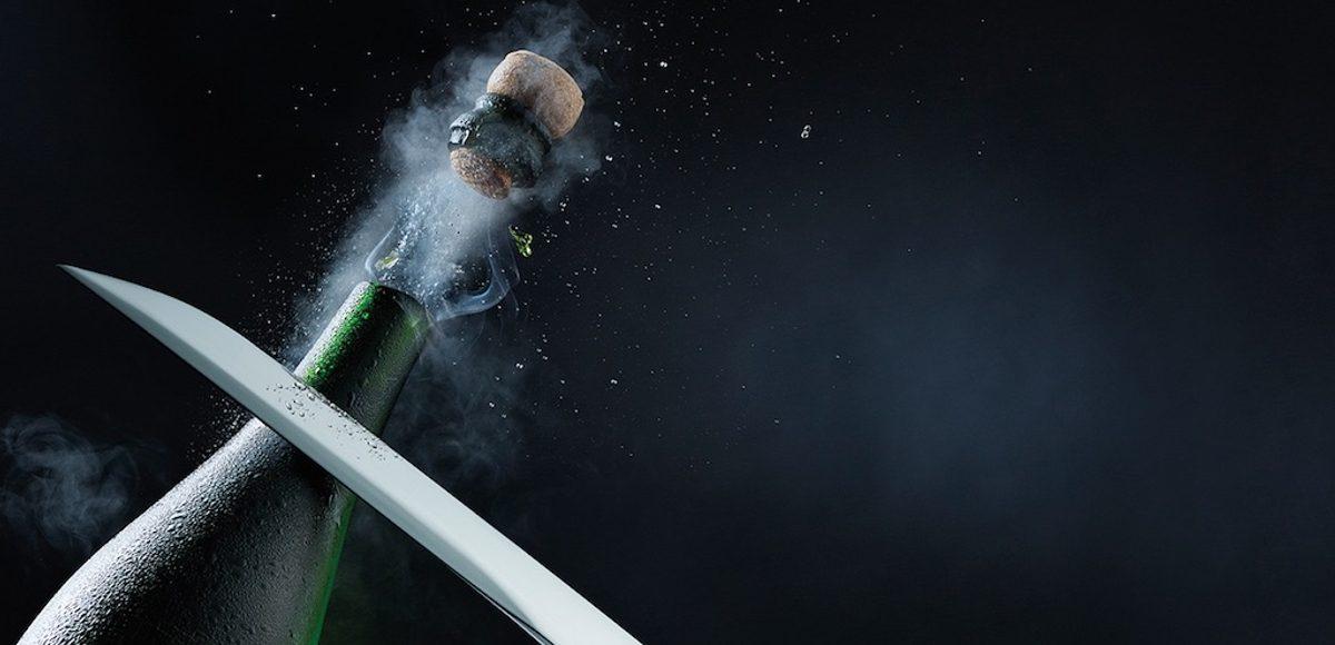 Cómo abrir de forma segura una botella de champán