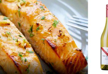 Salmón al horno con salsa de mostaza y miel & The Olive Grove Chardonnay
